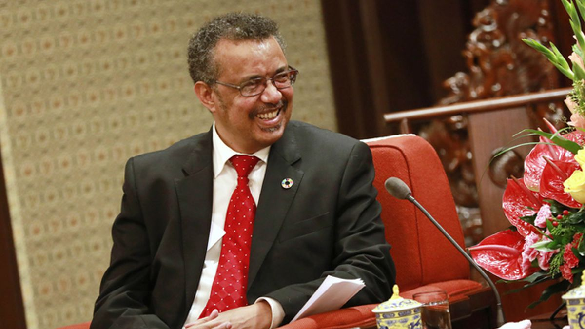Director General of the World Health Organization (WHO) Tedros Adhanom Ghebreyesus meets with China's Premier Li Keqiang (not in photo) during a meeting at the Zhongnanhai Leadership Compound in Beijing, Friday, Aug. 18, 2017. (How Hwee Young/Pool Photo via AP)