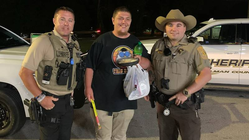 A sergeant from the Morgan County (Ala.) Sheriff's Office picked up Willinaus Bolin and made...