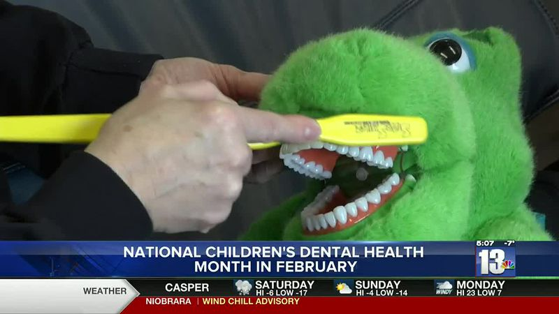 Rendezvous Dental in Riverton, WY teaches the best method for brushing a child's teeth