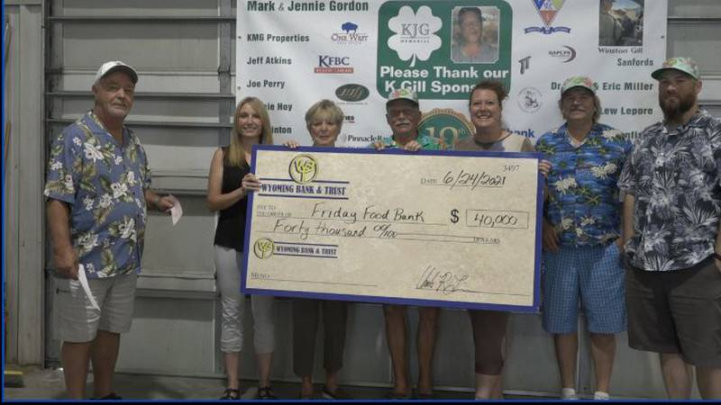 KGill foundation donates to Friday Food Bag
