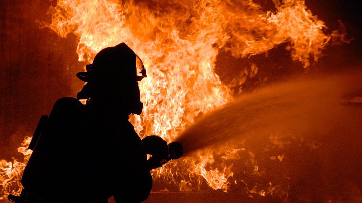 Generic image of firefighter battling fire.