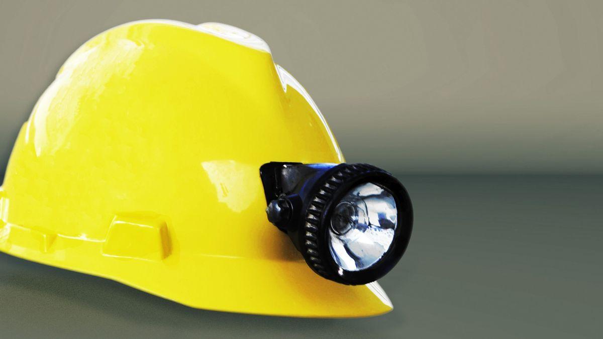 Five miners died in U.S. coal mines in 2020 (Source: AP)