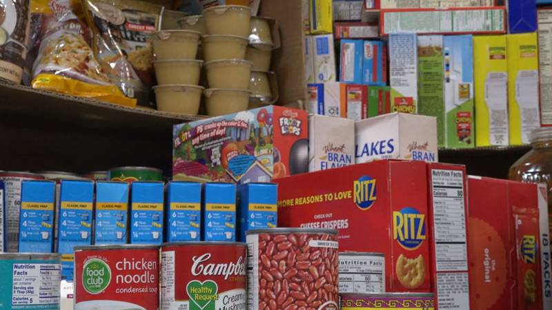 Food at the Sagewood Elementary Food Drive for Wyoming Food for Thought