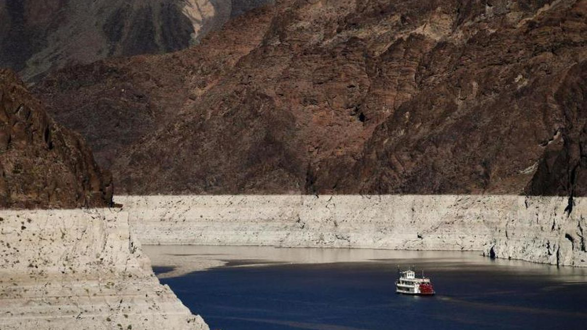 In this Oct. 14, 2015 photo, a riverboat glides through Lake Mead on the Colorado River at Hoover Dam near Boulder City, Nev.