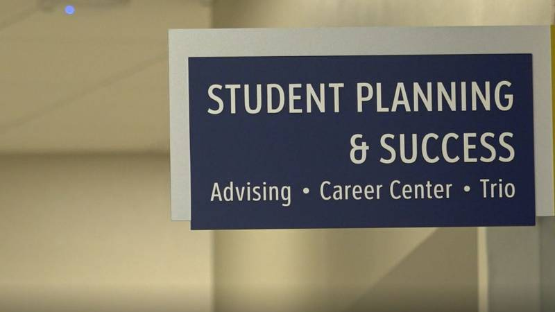 The LCCC Student Planning and Success sign in the Pathfinder Building.